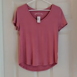 NWT AEROPOSTALE SERIOUSLY SOFT SOLID V-NECK TEE